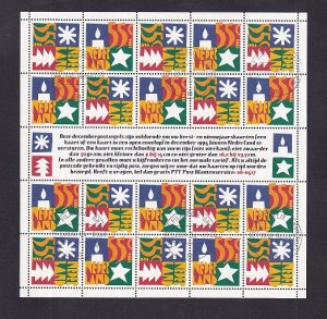 Netherlands  #871-872 cancelled   1994    Christmas sheet with  20 stamps
