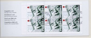 Faroe Islands Sc 393a 2001 Red Cross stamp booklet pane in booklet used