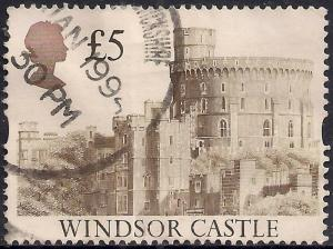 GB 1992 QE2 £5.00 Castle Definitive  used stamp SG 1614 ( T480 )