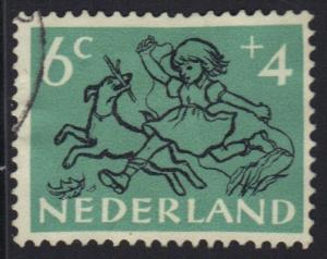 Netherlands 1952  used child welfare 6 + 4 ct    #