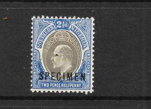SOUTHERN NIGERIA 1904-09  2 1/2d  KEVII  MLH  SPECIMEN   SG 24s