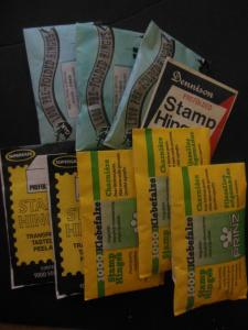 SUPPLIES : 9 packs of unopened different brands of hinges.
