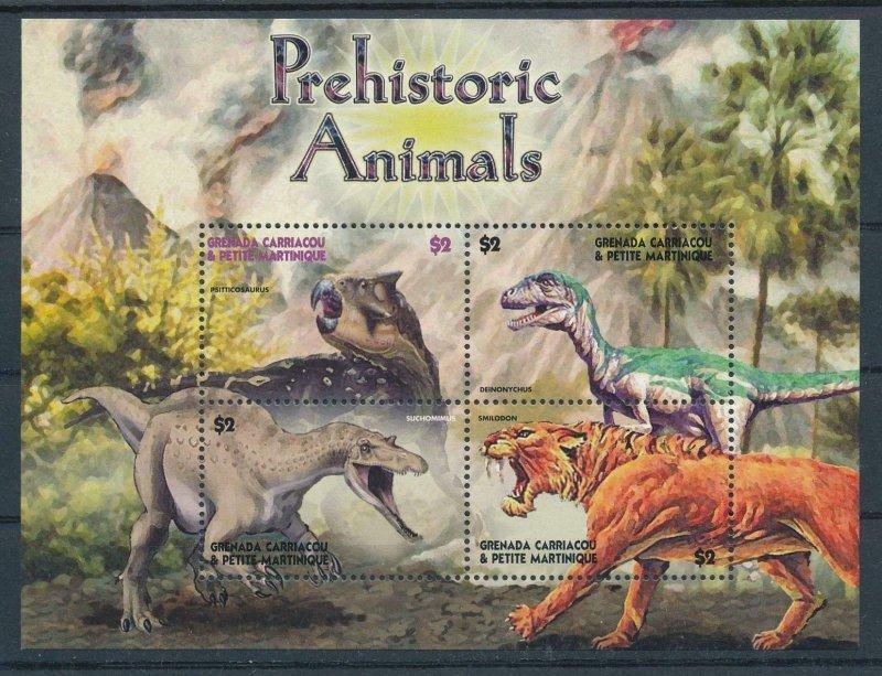 [107107] Grenada Carriacou 2005 Prehistoric animals dinosaurs Sheet MNH