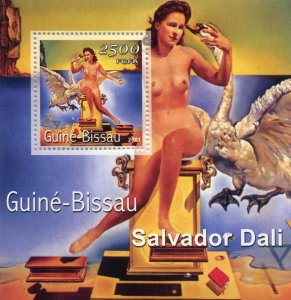 Guinea-Bissau 2001 SALVADOR DALI Nudes Paintings s/s Perforated Mint (NH)