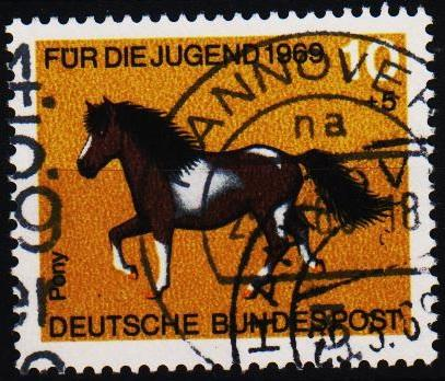 Germany. 1969 10pf+5pf S.G.1478 Fine Used