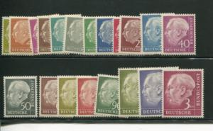 Gewrmany Heuss #702-21  NH Mint   VF
