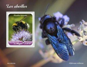 Niger - 2019 Bees on Stamps - Stamp Souvenir Sheet - NIG190520b