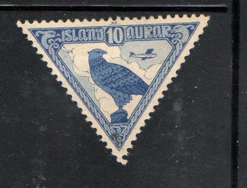 Iceland Sc C3 1930 10 aur Gyrfalcon airmail stamp mint