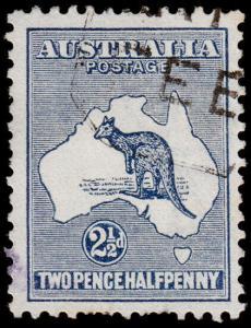 Australia Scott 39, Dark Blue (1915) Used F-VF, CV $32.50 M