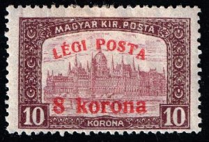 HUNGARY STAMP 1920 Airmail - Parliament Stamp of 1917 Surcharged  8/10 KR MH/OG