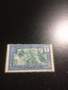Malagasy Republic sc 147 MH
