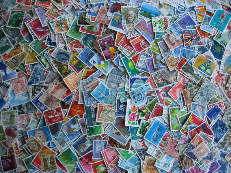 Switzerland collection of 725 different U (mixed cond), check them out!