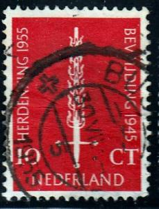 Netherlands #367 Flaming Sword, 1955. used