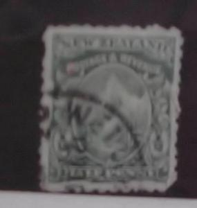 NEW ZEALAND STAMP #300  cat.$143.00