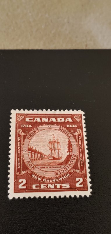 Canada Scott #210 MH