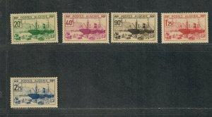 Algeria Sc#126-130 M/H, Cv. $23.90