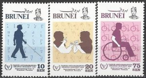 Brunei  273-5  MNH  WHO  International Year of Disabled Person