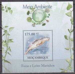 2010 Mozambique 3640/B310 Sea Elephant 10,00 €