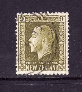 New Zealand-Sc#158-9p olive green KGV-used-1915-22-corner bend-