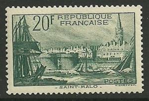 FRANCE SG601 1938 20f GREEN MTD MINT