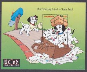 1997 Gambia 2711/B342 Disney - 101 Dalmatians and a Postal Bag 9,50 €