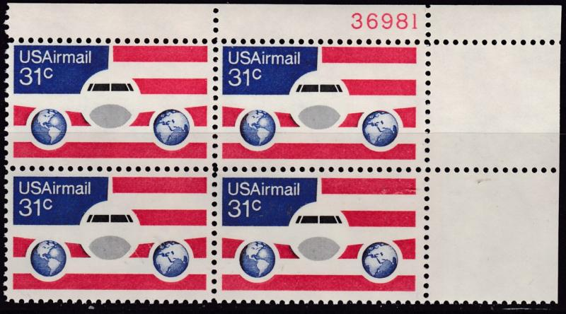 United States 1976 31cent Plane Globe Flag  Airmail Plate Nr. Block  VF/NH(**)