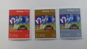 Ireland 1980 Christmas Stamps Mint
