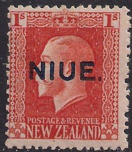 Niue 1917 - 21 KGV 1/-d Vermilion MM NZ Ovpt 14 x 14 1/2 SG 31a ( L299 )