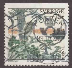 Sweden Stamp ,used, Scott# 2348, bird, tree,  #M451