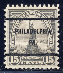 Philadelphia PA, 696-61 Bureau Precancel, 15¢ Statue of Liberty