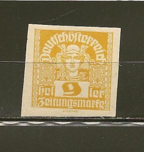 Austria P34 Newspaper Stamp Mint Hinged