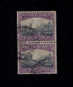 SOUTH AFRICA SC# 54 VF  VERT PAIR CV $85.00