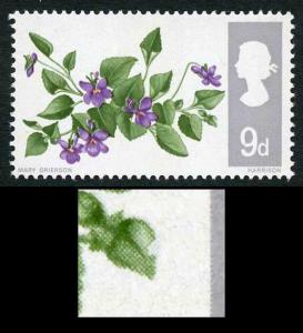 WP117a 1967 9d Flowers (Phosphor) with Notch in leaf Variety U/M
