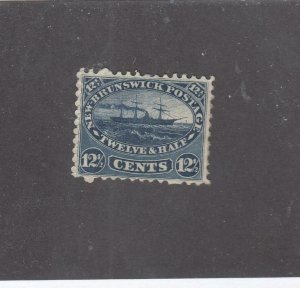 NEW BRUNSWICK # 10 VF-MH 12 1/2cts 1860 STEAMSHIP /BLUE /CENTS ISSUE CV $125