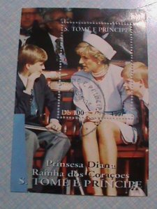 1997-ST. THOMAS & PRINCIPE: PRINCE DIANA WITH HER TWO SONS. CTO NH S/S