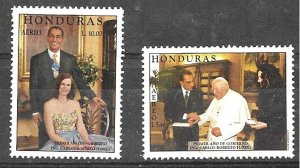 #1719 HONDURAS 1996 PRESIDENT FLORES,POPE J P II VISIT YV 971-2 MNH