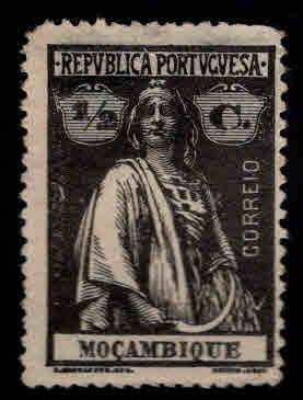 Mozambique Scott 150 MNG Ceres stamp
