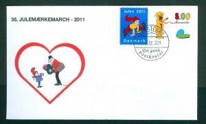 Denmark Cover Cachet  # 35  Christmas Seals Walk 2011. Holstebro. Mailman.Bear