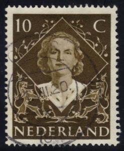 Netherlands #304 Queen Juliana, used (0.25)