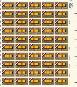 Honoring Vietnam Veterans Sheet of Fifty 15 Cent Postage Stamps Scott 1802