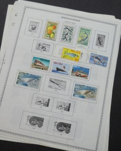 EDW1949SELL : MOROCCO Interesting Mint & Used collection on album pages.