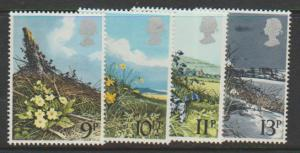 Great Britain SG 1079 - 1082 set Mint Unhinged