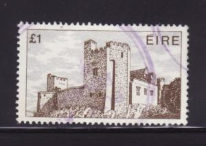 Ireland 555 U Cahir Castle