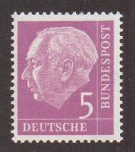 Germany  #704y  MNH  1960  President Heuss 5pf fluorescent