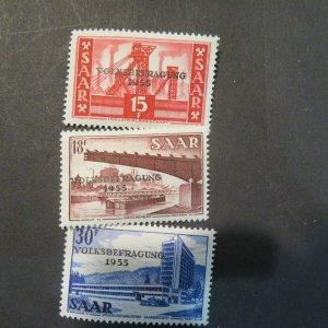 SAAR 257-259 MINT, OG. NH . Cv. $1.55