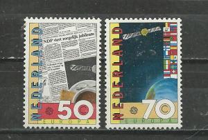 Netherlands Scott catalogue #650-651 Mint NH