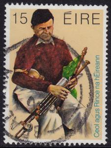 Ireland - 1980 - Scott #485 - used - Music Piper