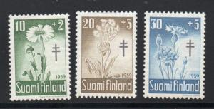 Finland Sc B154-56 1959 Anti TB Wildflowers charity stamp set mint