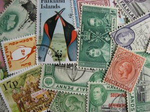 Falkland Islands scrap pile of 17. Duplicates,mixed condition, check them out