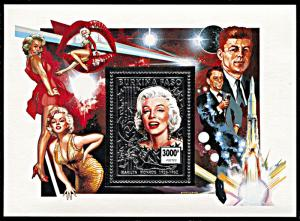Burkina Faso 1015A, MNH, Marilyn Monroe silver foil souvenir sheet
